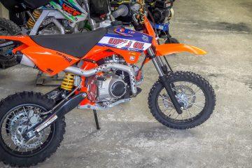 Moto YCF